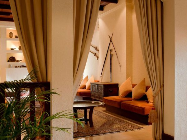 Al Maha Desert Resort and Spa Luxury Collection Lounge