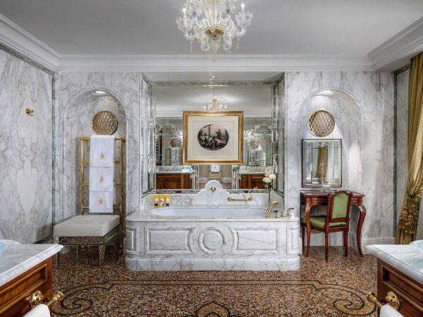 Vcelc Bathroom