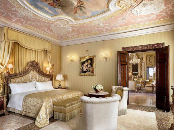 Vcelc Bedroom