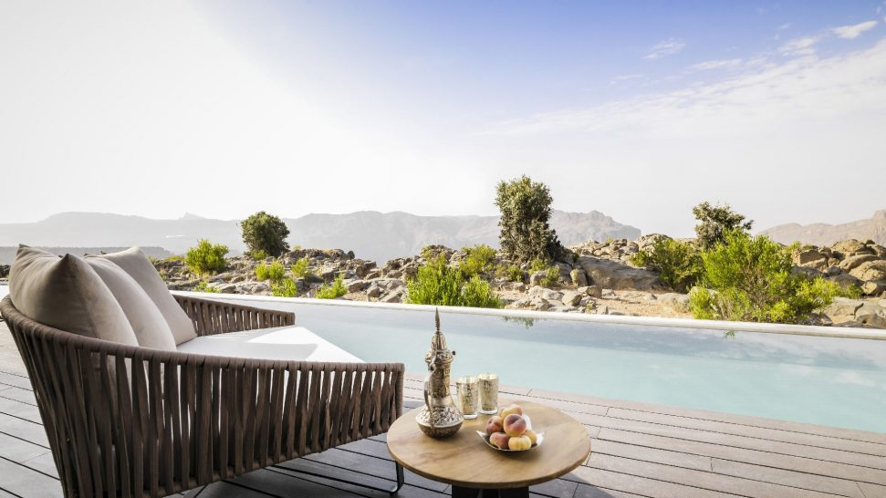 Anantara Al Jabal Al Akhdar Resort Cliff Pool Villa Pool View 01