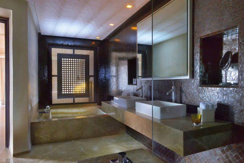 Fairmont Royal Palm Marrakech Deluxe Suite bathroom