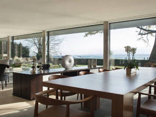 La Reserve Geneve villa dining