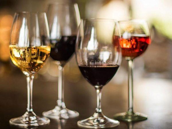 Singita-Pamushana-Lodge-wine