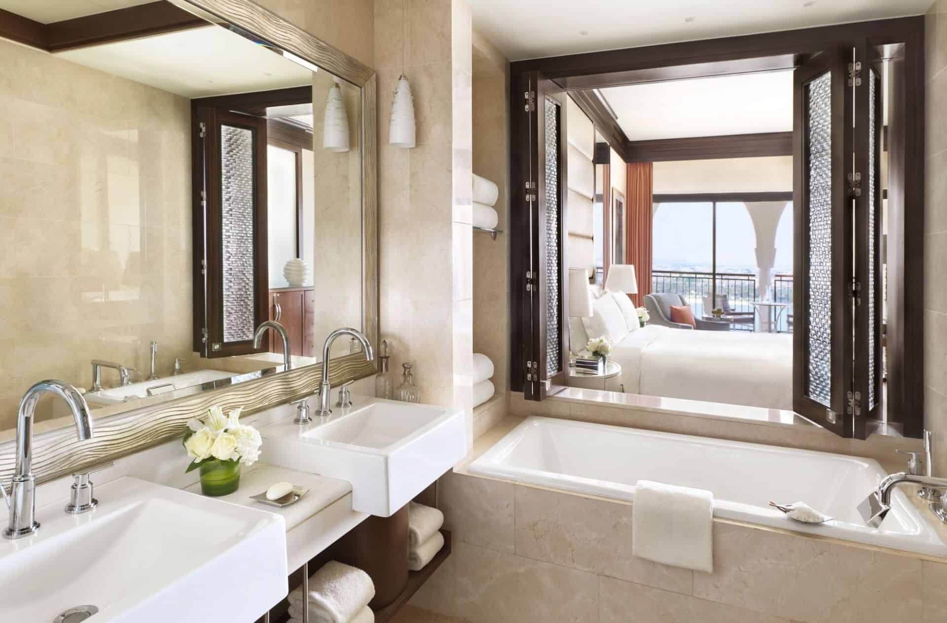 Ritz Carlton Abu Dhabi Deluxe King Bathroom