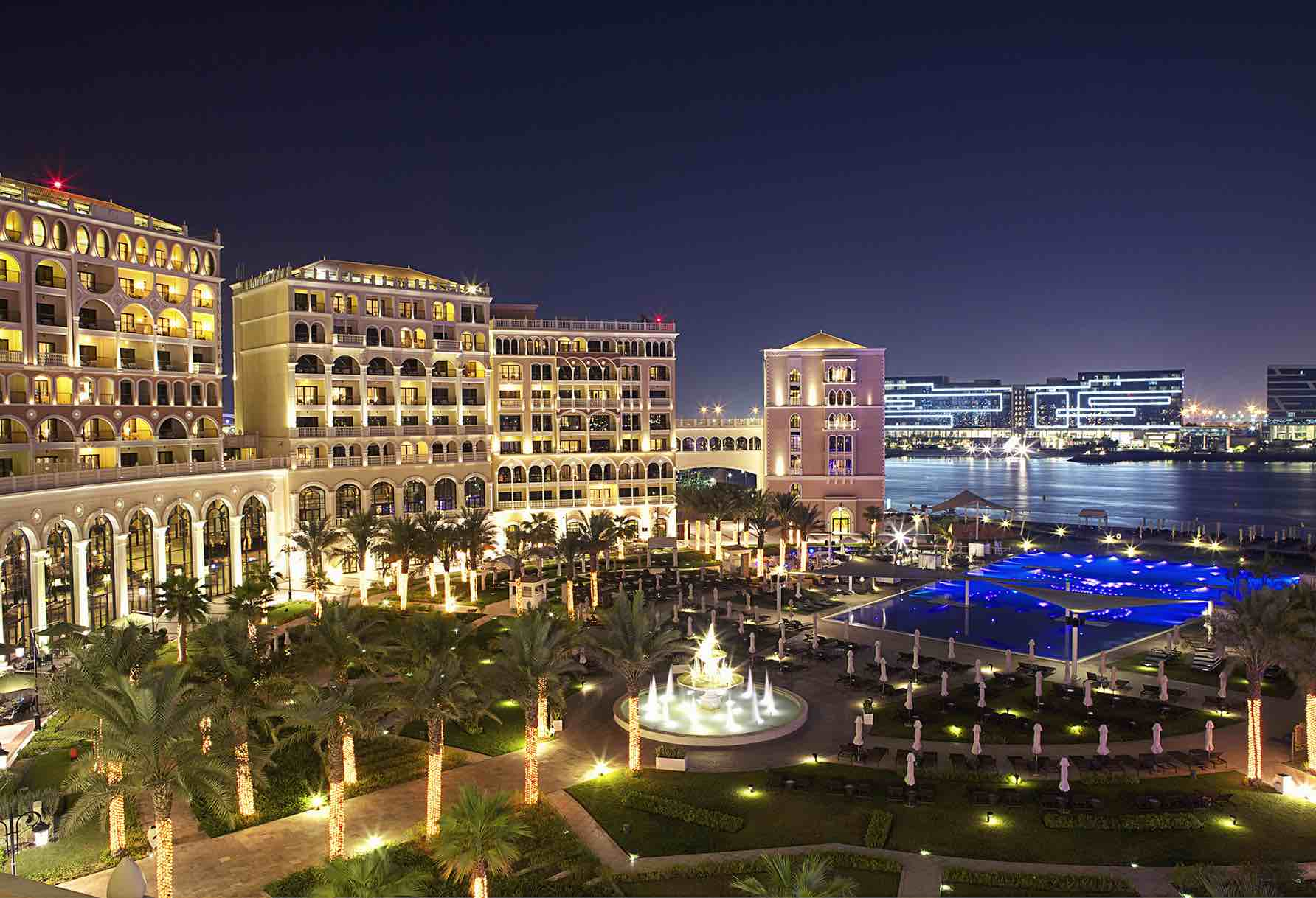 Ritz carlton abu dhabi at night