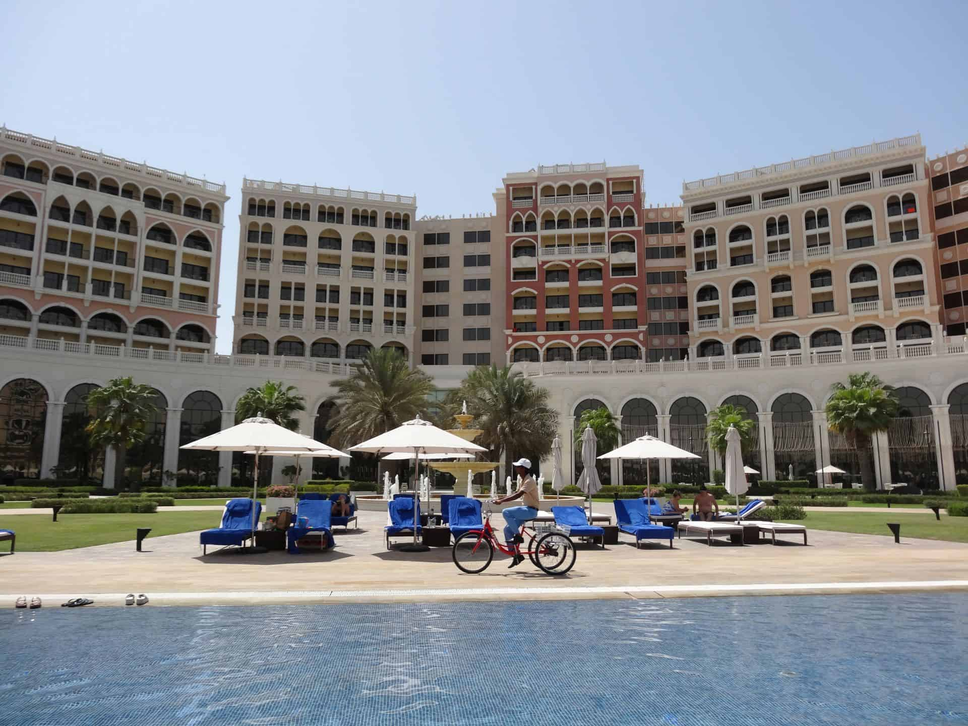 Ritz carlton grand canal abu dhabi pool