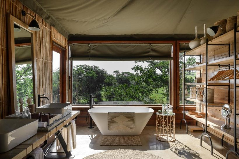 Singita Faru Faru Lodge Grumeti Suite bathroom