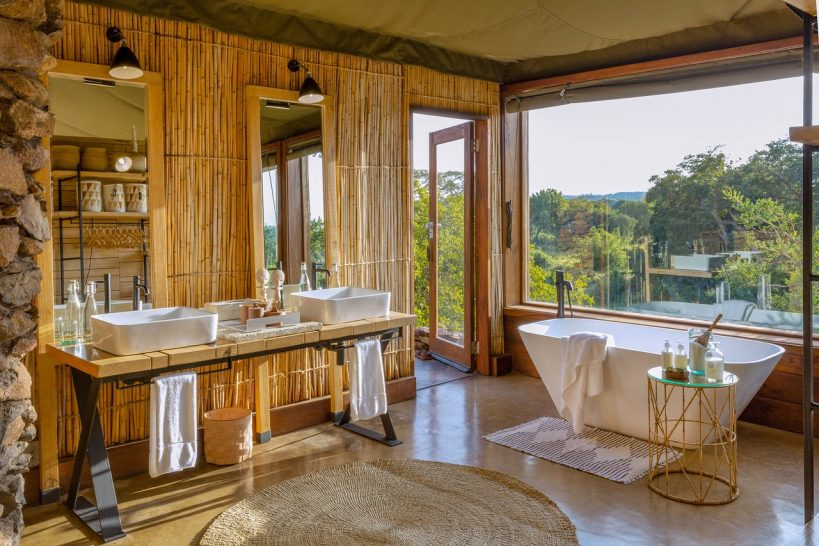 Singita Faru Faru Lodge bathroom