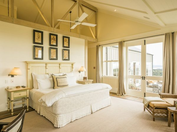 cape kidnappers owners cottage main bed room