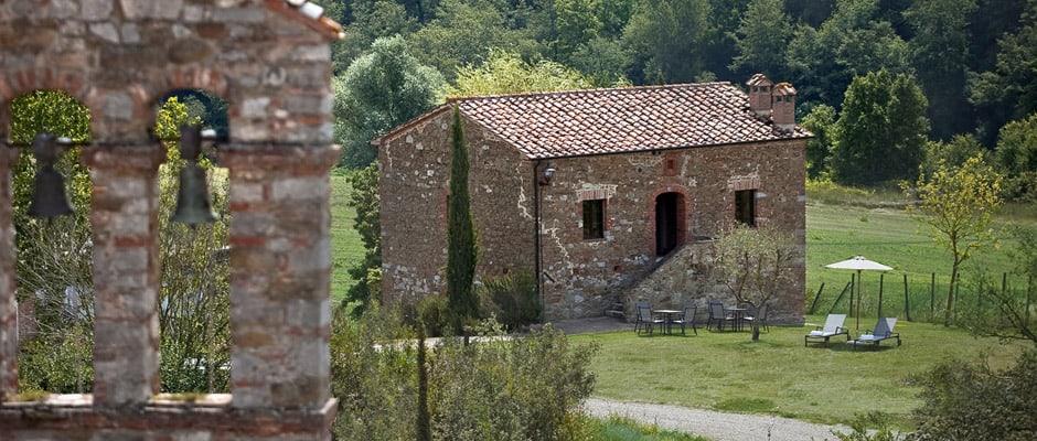 castel monastero villa campanile