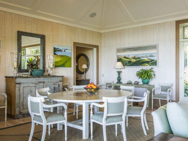 kauri cliffs owner`s cottage dinning