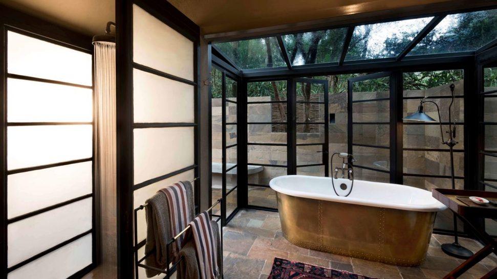 AndBeyond Bateleur Camp bathroom