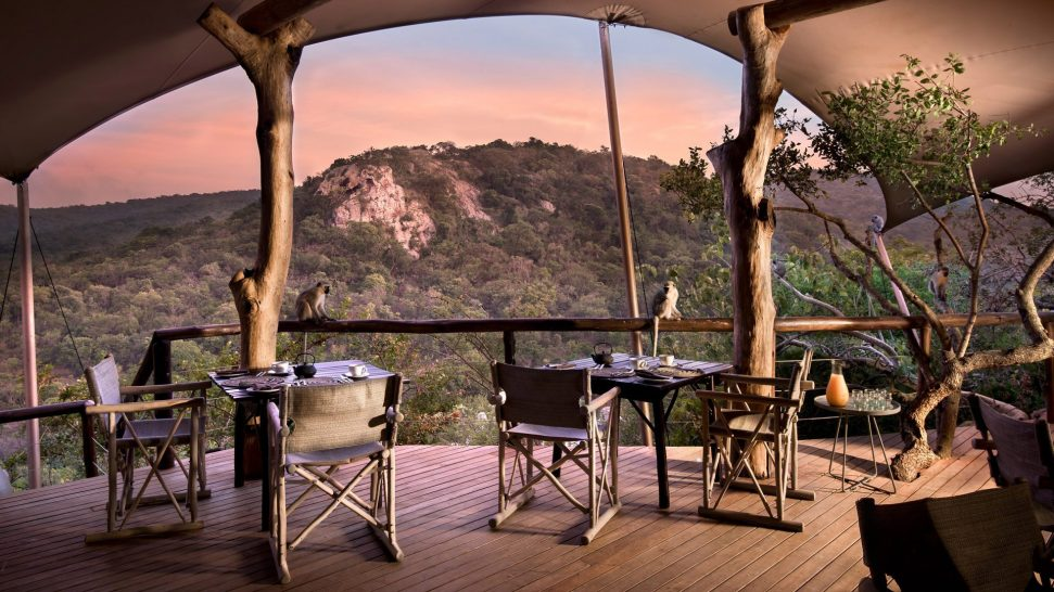 AndBeyond-Phinda-Rock-Lodge-Dining-Area