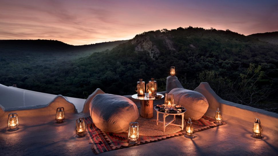 AndBeyond-Phinda-Rock-Lodge-Rooftop-Romance