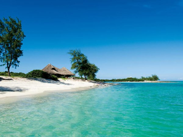 AndBeyond Vamizi Island castaway picnic