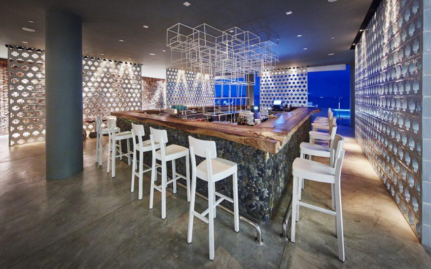 COMO Point Yamu Aqua Bar