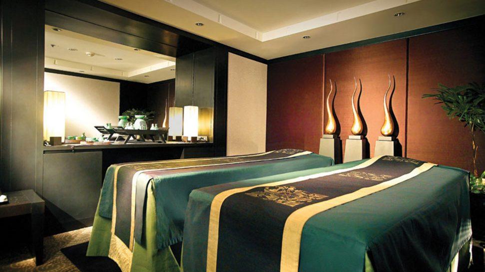Banyan Tree Bangkok Spa Sanctuary Suite