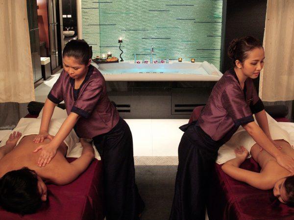 Banyan tree bangkok couple massage