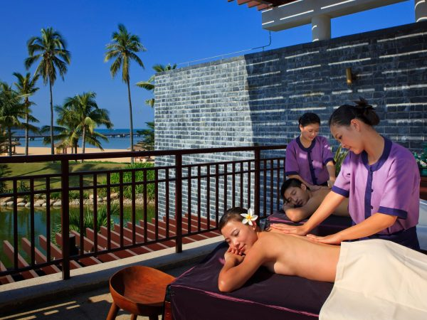 Banyan tree sanya Couple Massage