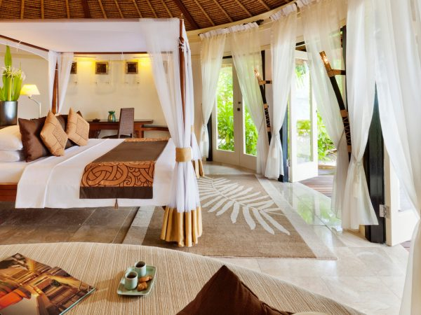 Banyan tree vabbinfaru beachfront pool villa