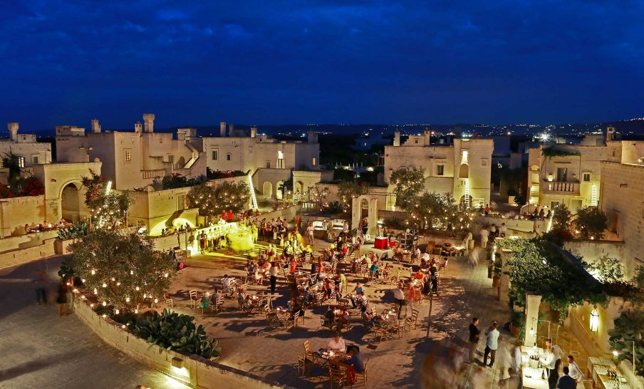 Borgo Egnazia piazza overview