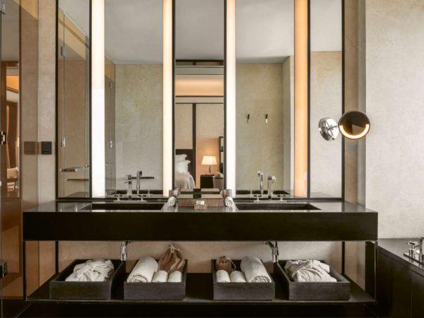 Bvlgari hotel shanghai bathroom