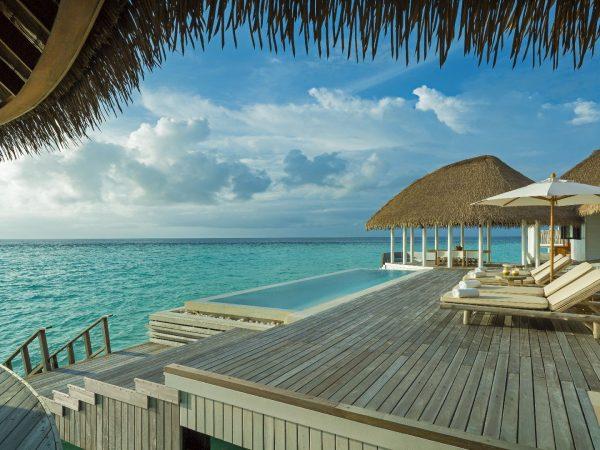 Como_Maalifushi-Maldives-Villa-Deck