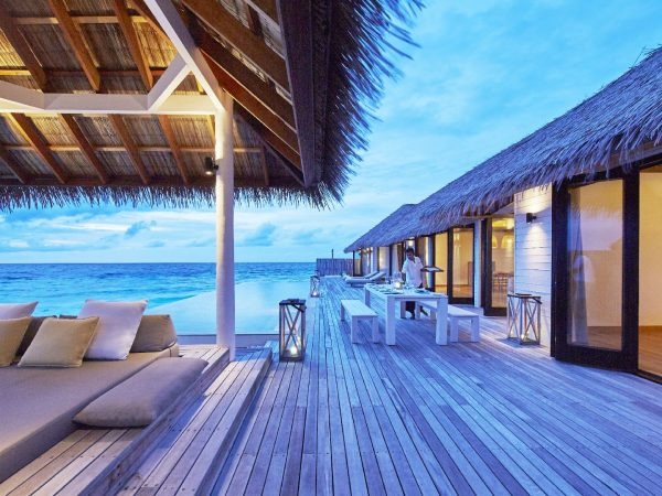 Como_Maalifushi-Maldives_Water-Villa-deck