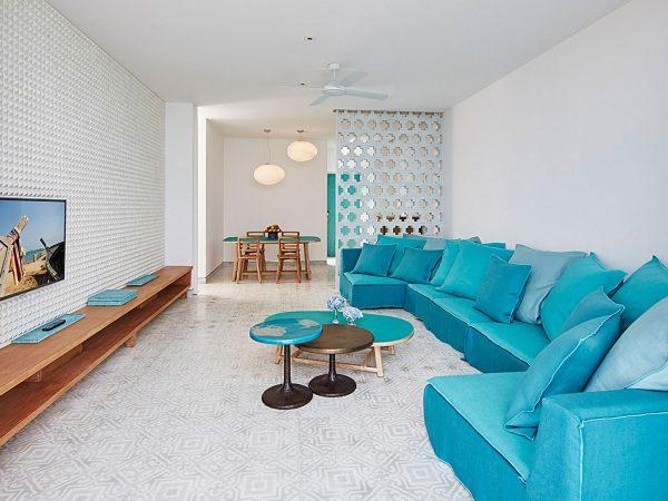 COMO Point Yam Verandah Suite Living Room