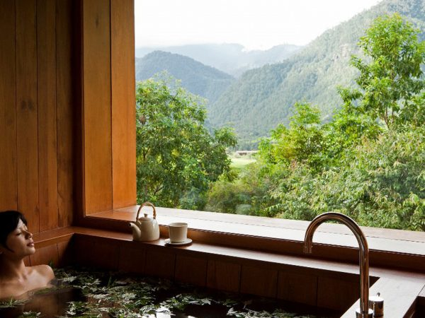 COMO Uma Punakha Bhutanese Hot Stone Bath