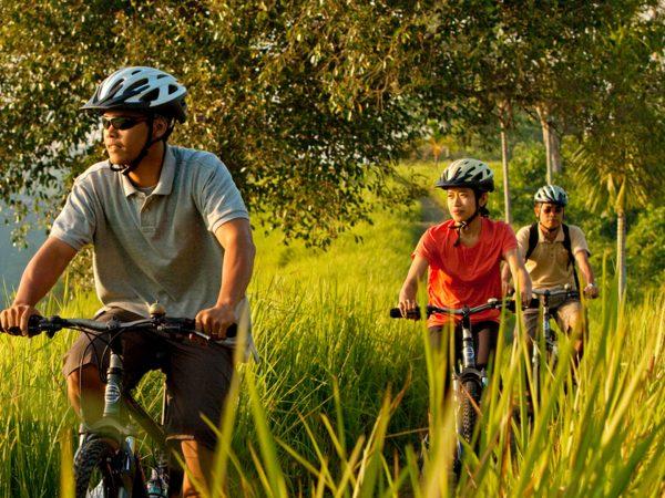 COMO Uma Ubud Biking Rice