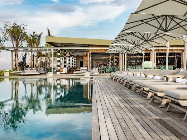 Como Uma Canggu Beach Club Pool Area