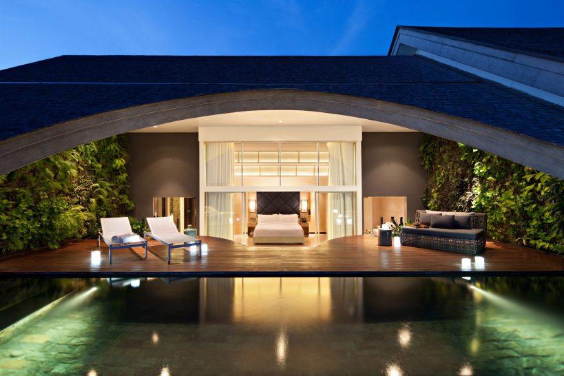 Como Uma Canggu Penthouse master bedroom
