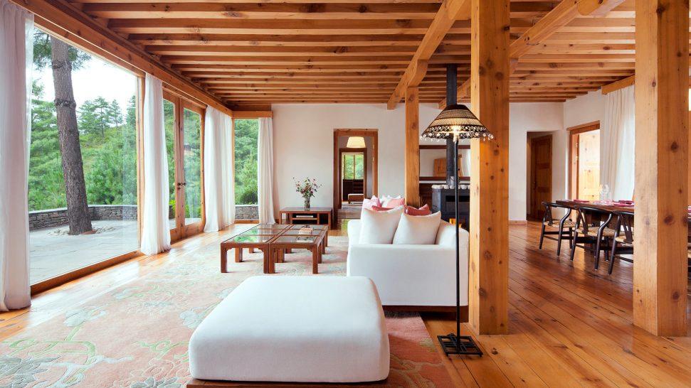 Como Uma Paro Villa Living Room with view