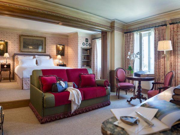 La Bastide De Gordes junior suite room bed living room couch sofa desk