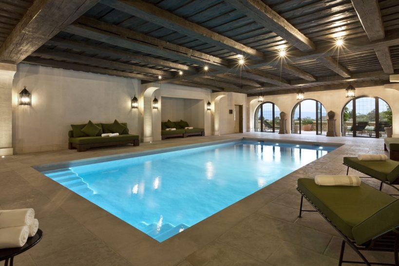 La Bastide de Gordes indoor pool