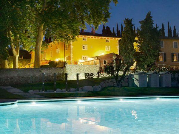 Lago di Garda Villa Cordevigo Pool At Night