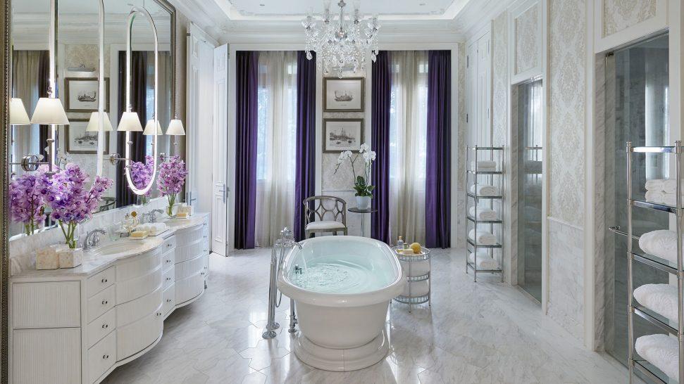 Mandarin Oriental Bangkok Royal Suite
