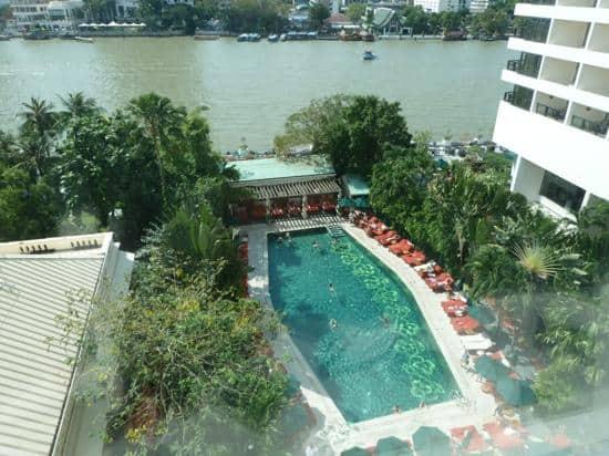 Mandarin Oriental Bangkok swimming pool