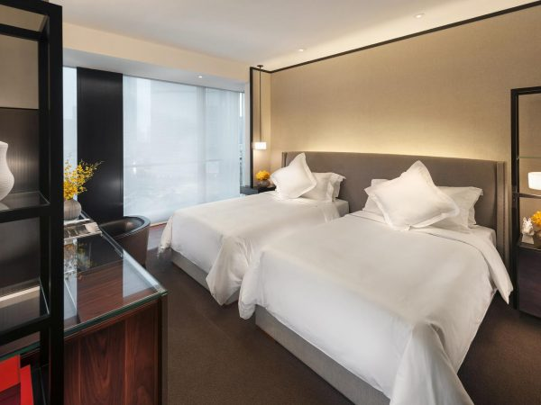 Mandarin Oriental Guangzhou bedroom