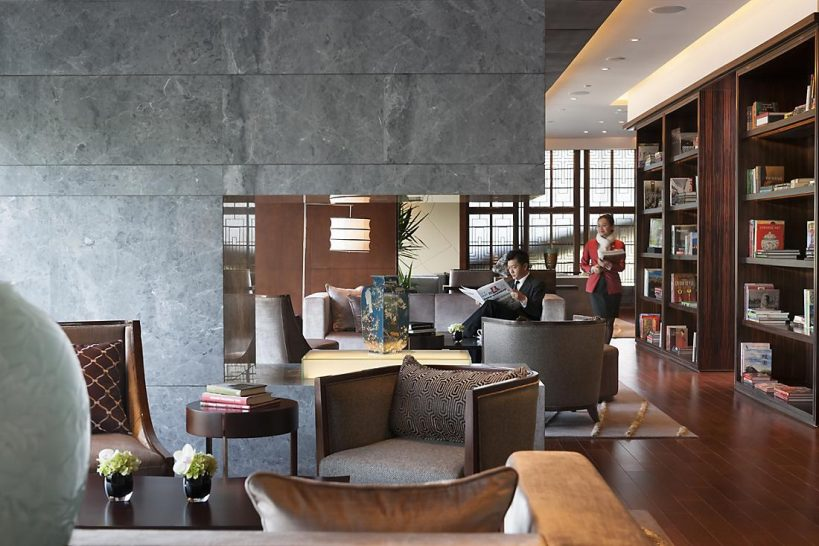 Mandarin Oriental Pudong shanghai club mandarin river view room