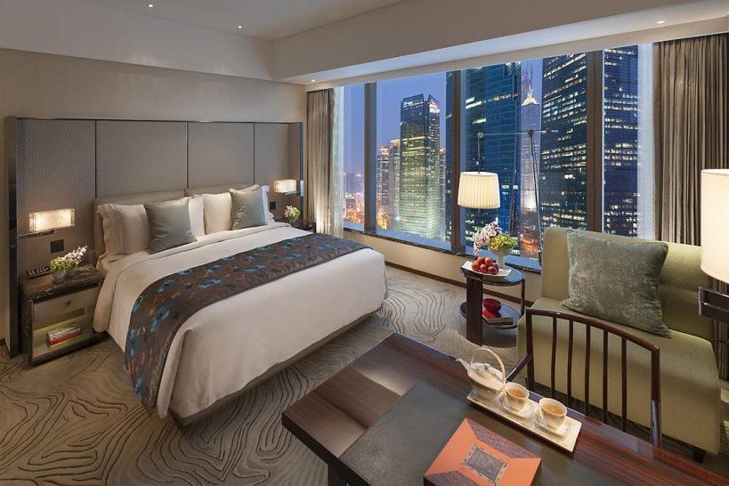 Mandarin Oriental Pudong shanghai deluxe river view room