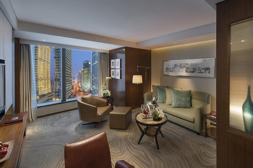 Mandarin Oriental Pudong shanghai executive suite