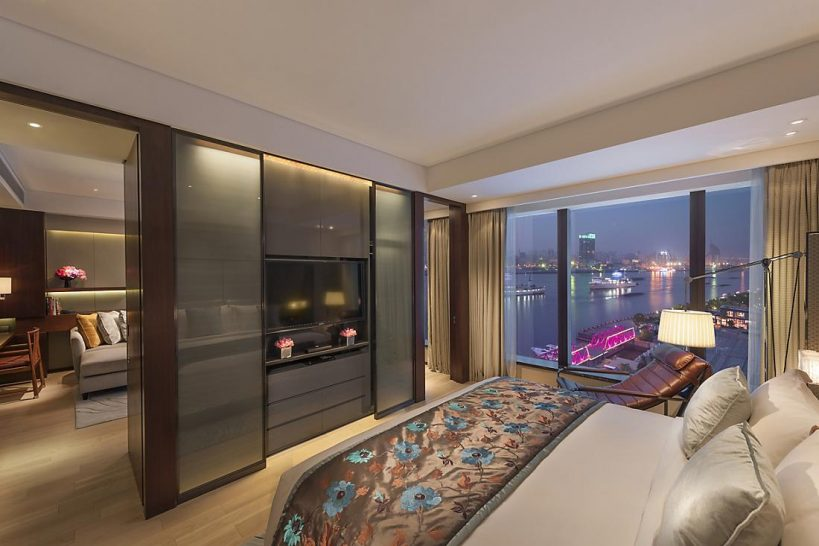 Mandarin Oriental Pudong shanghai one bedroom apartment