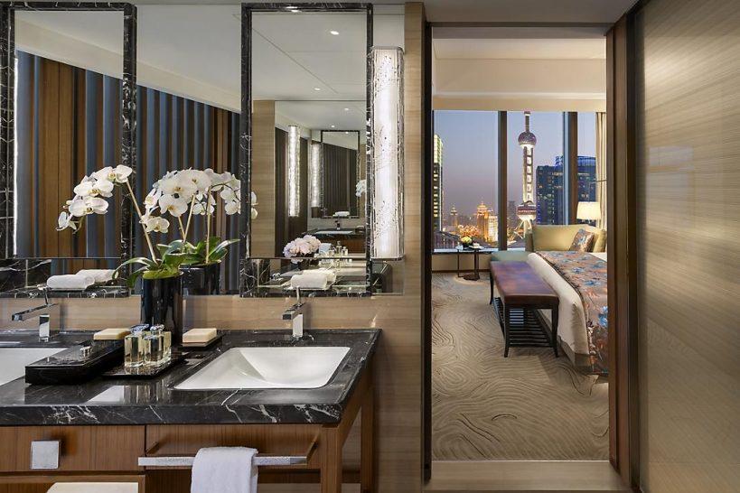 Mandarin Oriental Pudong shanghai pearl tower suite
