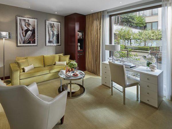 Mandarin Oriental Paris Deluxe Suite