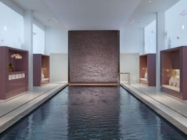Mandarin Oriental Paris spa pool
