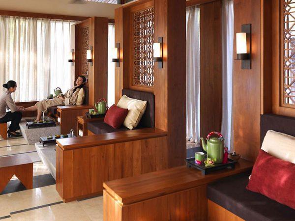 Mandarin Oriental Sanya Spa Treatment