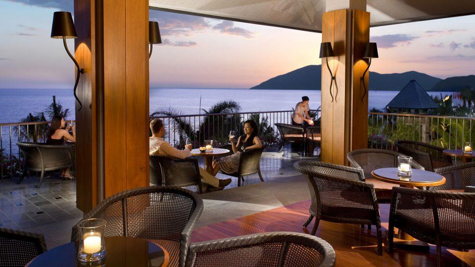 Mandarin Oriental Sanya Sunset Bar