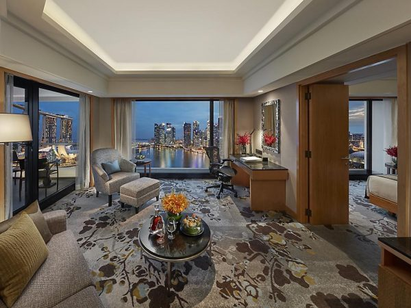 Mandarin Oriental Singapore club marina bay suite